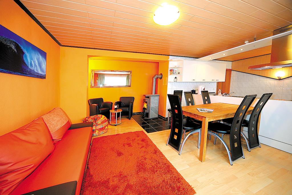 Ferienhaus 4-8 Pers. (277073), Glowe, Rügen, Mecklenburg-Vorpommern, Deutschland, Bild 7