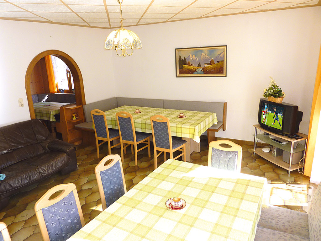 Holiday apartment 8-15 Pers. (365220), Heiligenblut, , Carinthia, Austria, picture 2